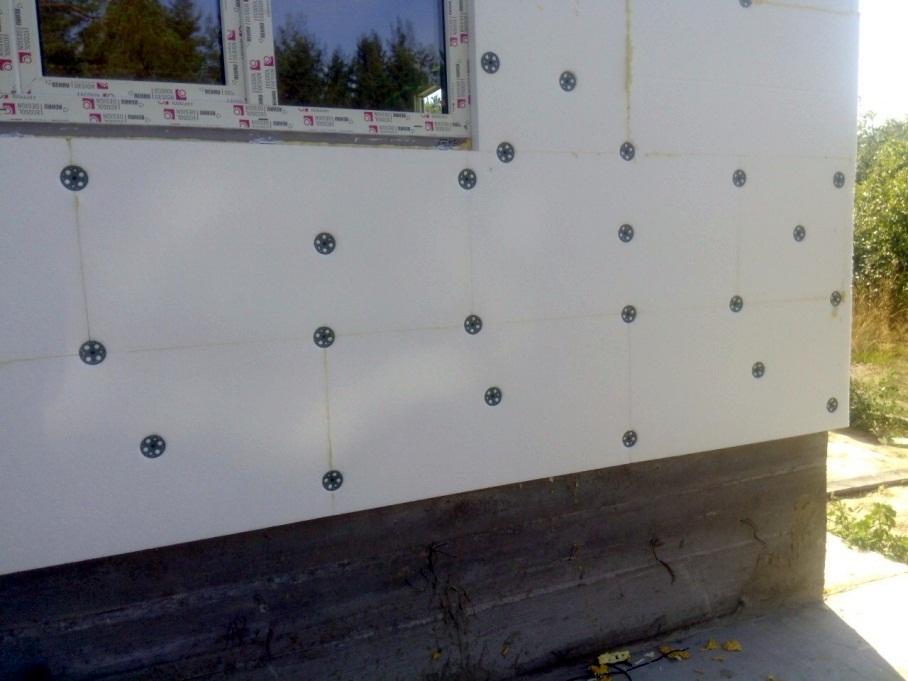 Начало фасадных работ в Канадских домах из СИП-панелей